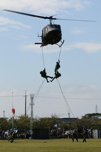 D300s_20131006_354 模擬戦闘 UH-1J ヒューイ