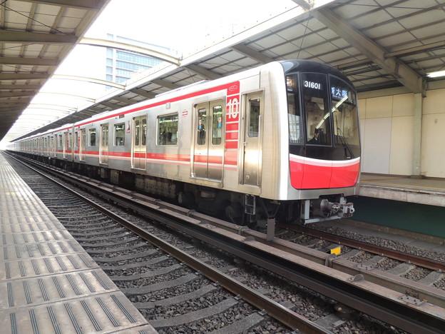 大阪市交通局:30000系(31601F)-02