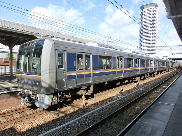 JR西日本:207系(S2・T1)-01