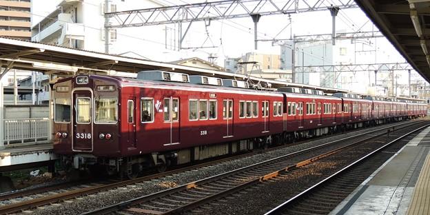 阪急:3300系(3318F)-01