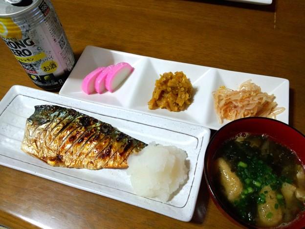 焼き魚が肴…