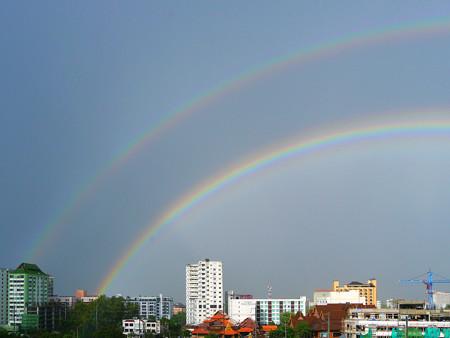 二重の虹が綺麗に撮れました(チェンマイ)