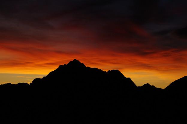 朝焼けの剱岳