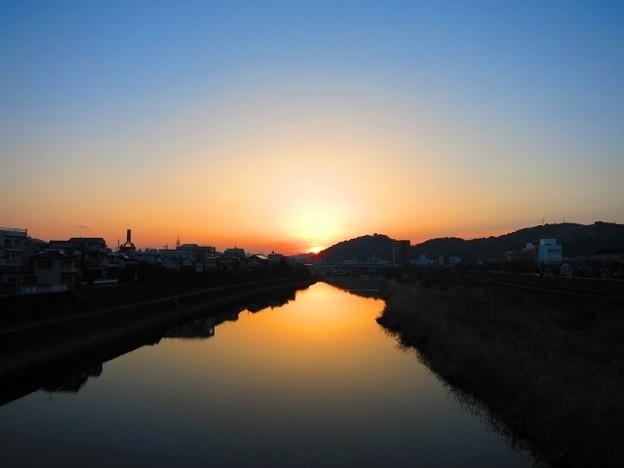 暁の鏡川.3