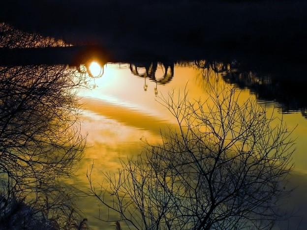 暁の鏡川.11