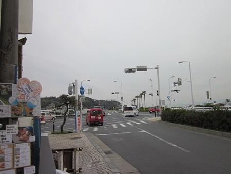 3.江ノ島入口左折