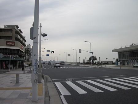 59.片瀬江ノ島駅入口 左折