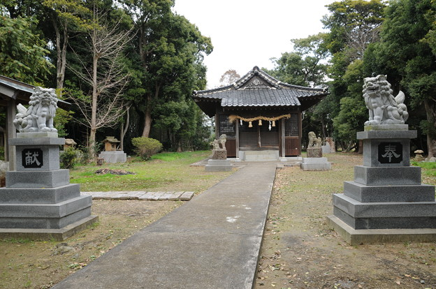 魚鳥池神社