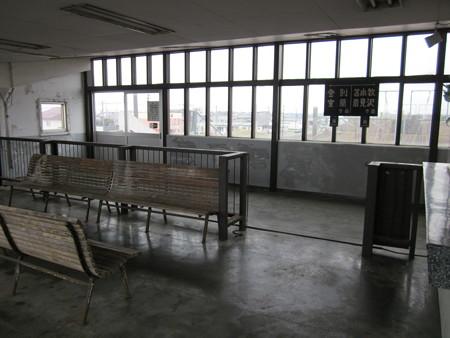 北吉原駅5