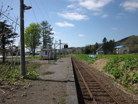本中小屋駅1