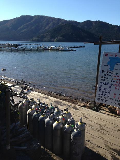 綺麗な芦ノ湖でいて欲しいですね