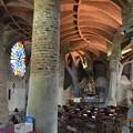 写真: コロニア・グエル教会堂、ステンドグラス