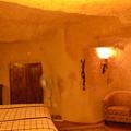 写真: 洞窟ホテル