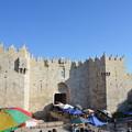 写真: 旧市街のダマスカス門。もっとも大きい