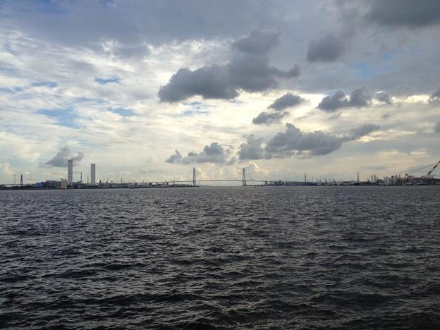 名古屋港から見た名港トリトン・名港中央大橋_03