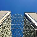 写真: 愛知大学 新名古屋キャンパス:校舎間にあるガラス屋根 - 11