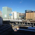 写真: 愛知大学 新名古屋キャンパスから見える景色:東海道新幹線