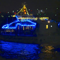 写真: クリスマス名古屋港花火観覧クルーズの船? No - 5