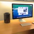 Photos: 新型Mac Pro No - 2:ThunderboltディスプレイとMac Pro
