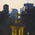 写真: 噴水塔越しに見えた、セントラルタワーズとミッドランドスクエア - 3