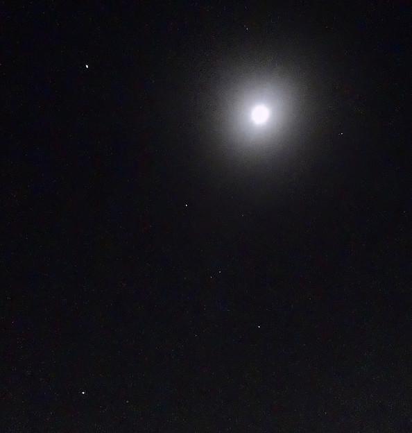 月の隣りにオリオン座! - 1