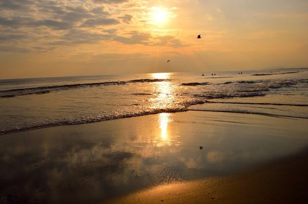 湘南・鵠沼海岸の夕日 #湘南 #藤沢 #海 #波 surfing #wave #mysky #夕焼け