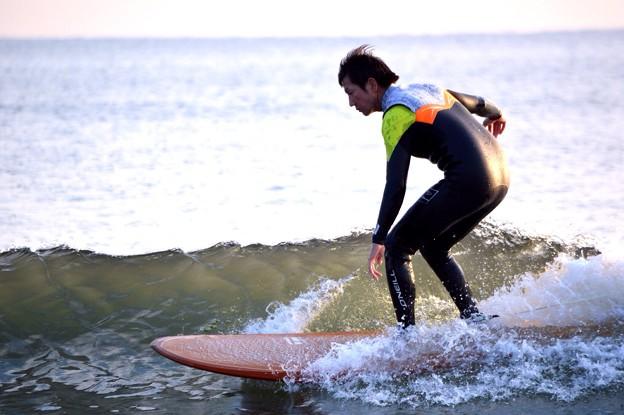 夕方の湘南・鵠沼海岸の波はひざサイズ #湘南 #藤沢 #海 #波 surfing #wave #mysky #夕焼け