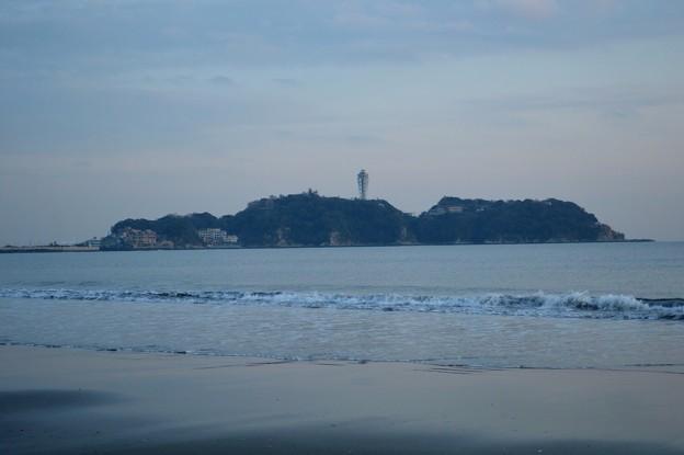 夕暮れの江ノ島 #湘南 #藤沢 #海 #波 surfing #wave #mysky #夕焼け
