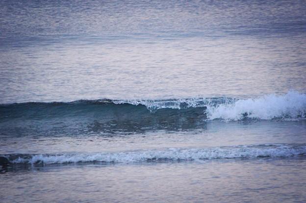 今朝の湘南・鵠沼海岸の波はすねサイズ #湘南 #藤沢 #海 #波 surfing #wave #mysky
