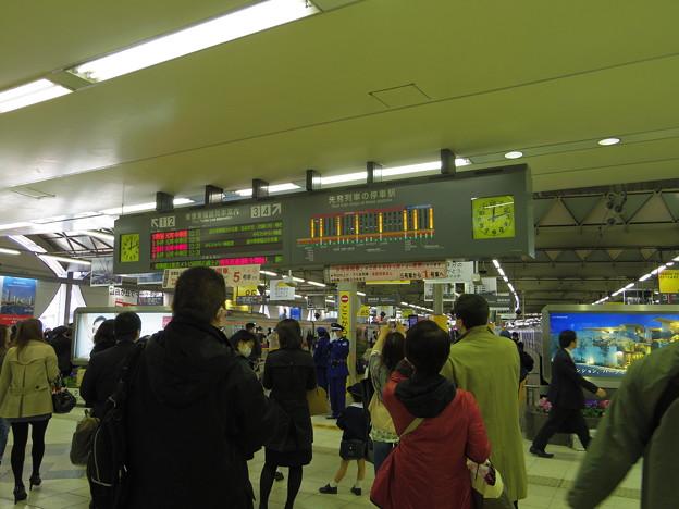 駅内案内表示版。