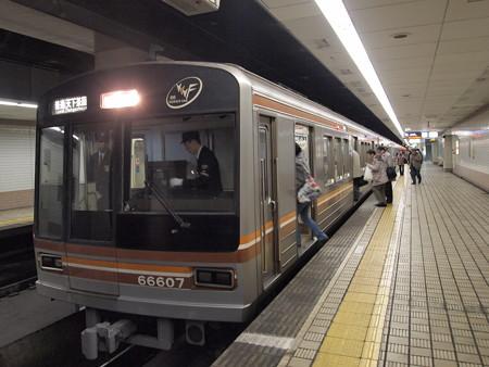 大阪市営地下鉄66系 堺筋線扇町駅