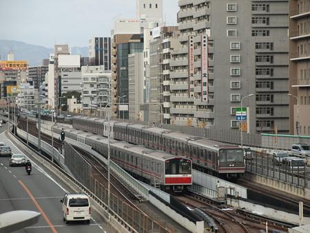 大阪市営地下鉄10系と新20系 御堂筋線東三国~新大阪 本線と留置線