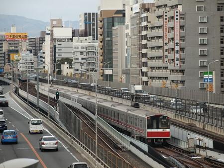 大阪市営地下鉄10系 御堂筋線東三国~新大阪@留置線