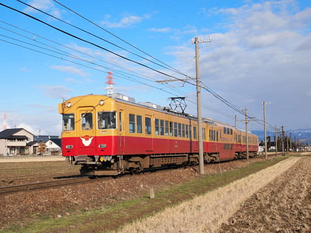 富山地鉄10030系京阪復刻車 特急うなづき 富山地鉄本線越中舟橋~越中三郷