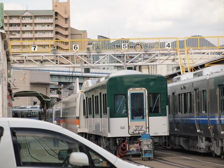 京阪の中間車と台湾新幹線の中間車