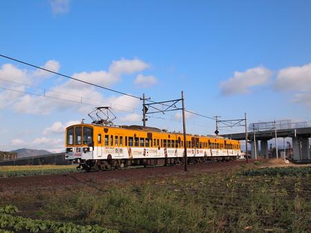 近江鉄道800系ダイドーラッピング 普通 八日市線近江八幡~武左