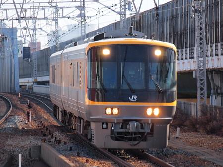 キヤ141系 東海道本線塚本駅