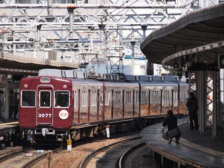 阪急3000系3077F 廃車回送 阪急京都線十三駅2