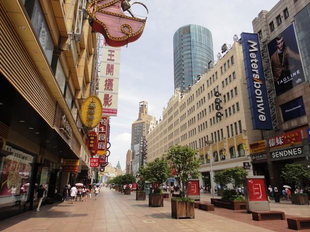 Photos: 真夏の上海 南京東路