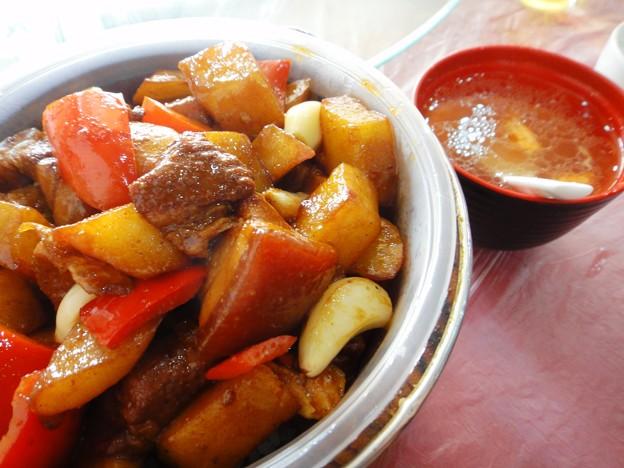 湘香縁 紅焼肉上土豆木桶飯 紅焼肉