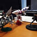 写真: アムロ「νガンダムは伊達じゃない!フィン・ファンネル!!」 ハマーン「俗物がっ!ファンネルッ!!」 キリト「うおああああああああああああ!!!!バキーン!」