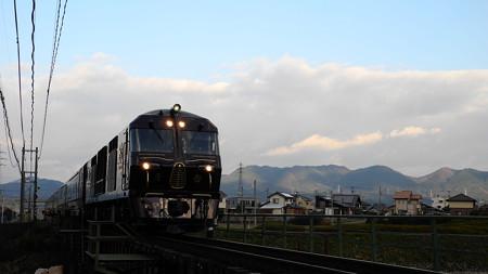三日月山とななつ星in九州 2013/12/20