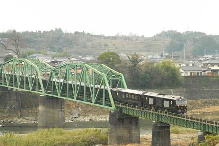 荒瀬鉄橋を渡るななつ星in九州 2014/01/28