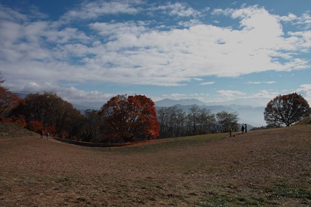 空と山と楓と