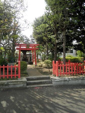 東京ガス_稲荷神社