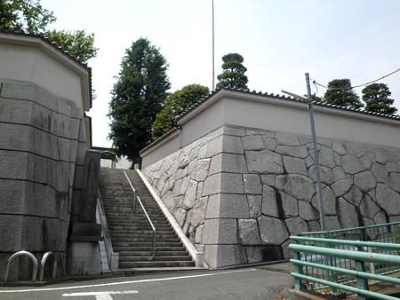 明照院(入間町)-01山門・院号標・参道