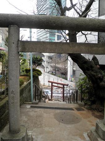 上目黒氷川神社-09裏参道_二の鳥居・一の鳥居