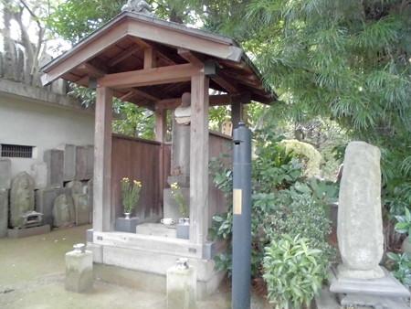 観蔵院-08お地蔵さま&石仏・墓石群etc.