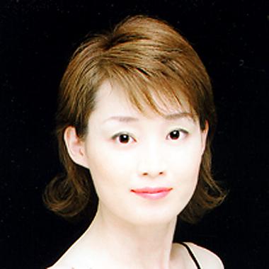 ピアニスト 伊坪淑子 いつぼよしこ コレペティトール