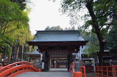 櫛引八幡宮・正門